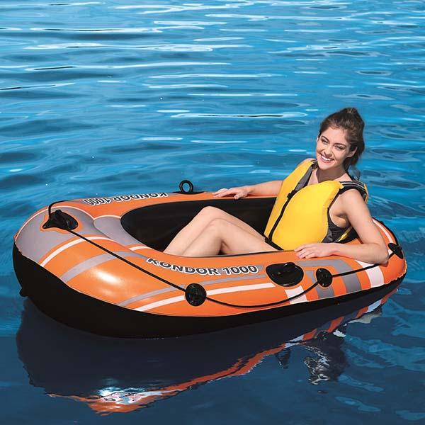Kondor 1000 Boat